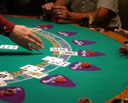 Tout savoir sur le blackjack en ligne
